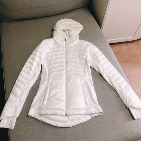 Brand new Lululemon light feather jacket